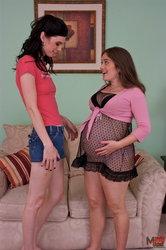 صور سكس جديدة ومثيرة (امراة حامل مع شيميل)